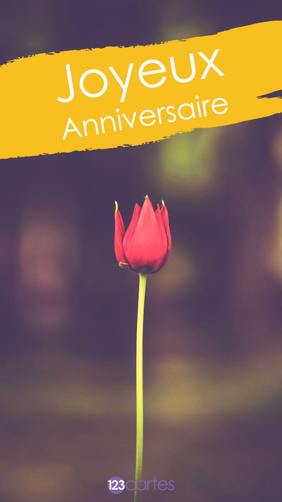 Fleur rouge avec le texte joyeux anniversaire