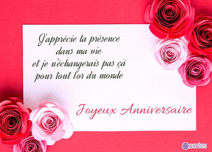 plusieurs roses avec un joli texte pour souhaiter joyeux anniversaire à une femme